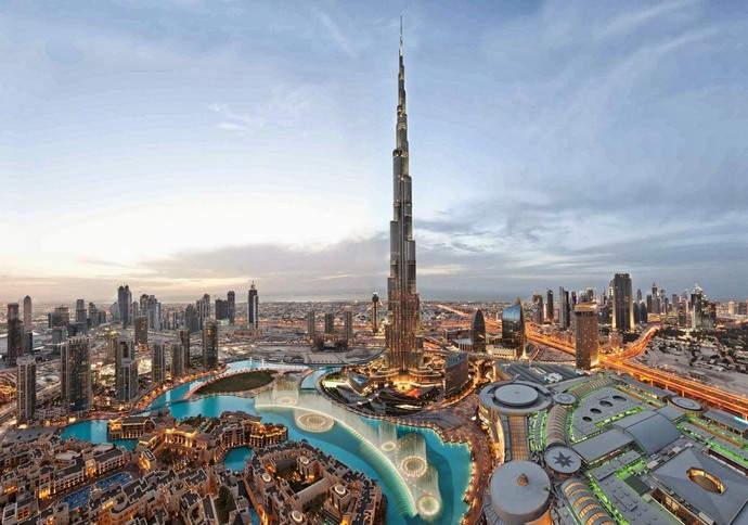 Dubai_Burj-Khalifa--1