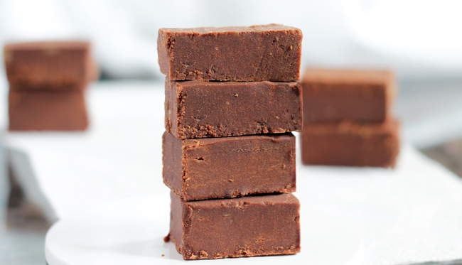 Sugar Free Chocolate Fudge from chocolatecoveredkatie.com