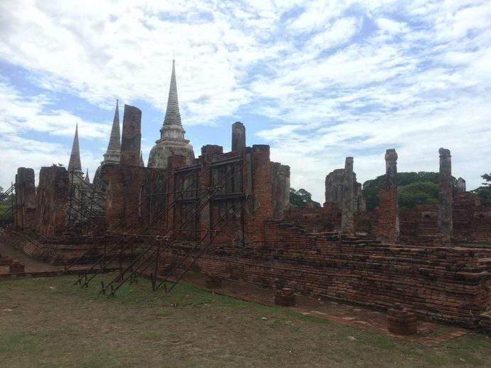 ayothya-ruins-bangkok