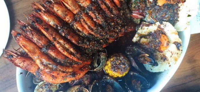 Fish & Co.: The New Caribbean Cajun Broth Pot!