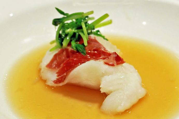 SRM---Steamed-Cod-Fish-with-Jin-Hua-Ham-in-Rice-Wine