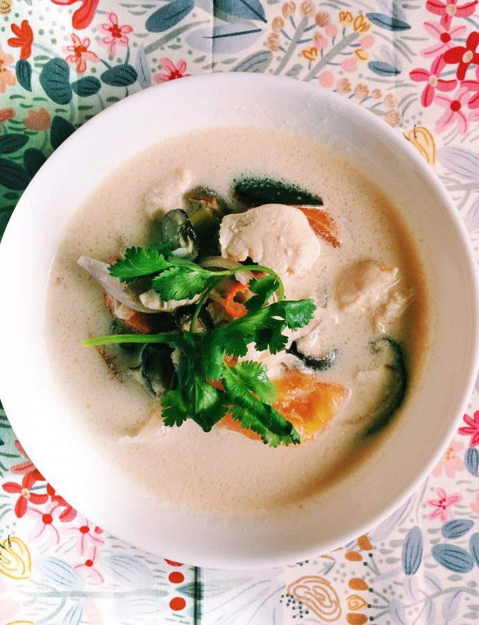 Tom Kha Gai (Spicy Thai coconut Chicken Soup)