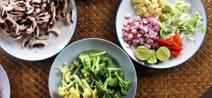 Balinese Cooking: Making Bumbu Bali