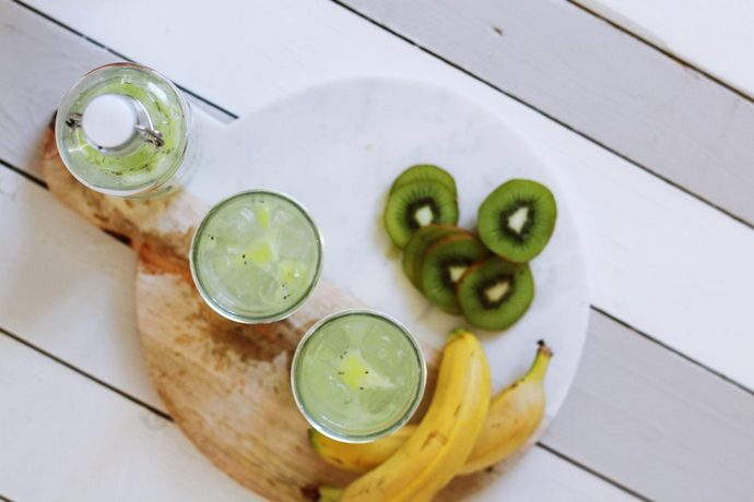 kiwi-vitamin-c-smoothie-substitute