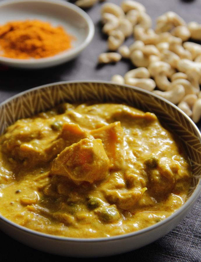 Vegan Curry: Cashew Nut Curry with Pumpkin