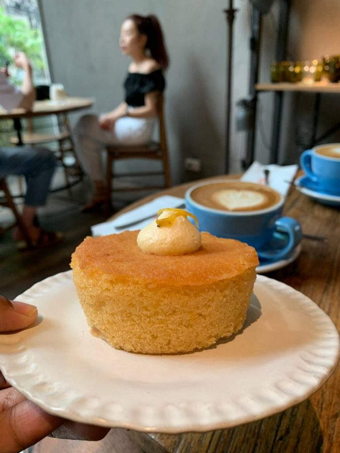 Lemon and Almond Cake Luka Bangkok