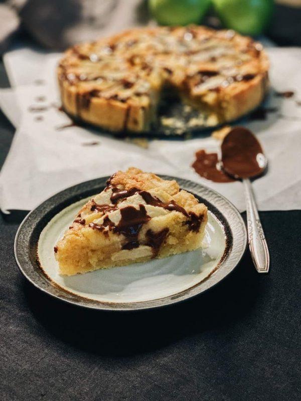 Apple tart shortcrust pastry