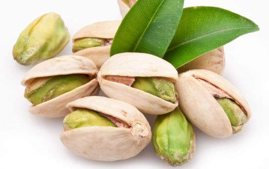 pistachio-organic-facts-cravings-blog-all-about-nuts
