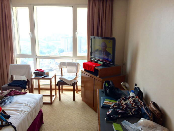 KL-Capitol-Room-cravings-blog