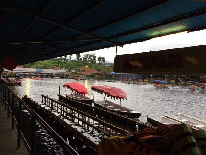 Bandung-floating-market-feature