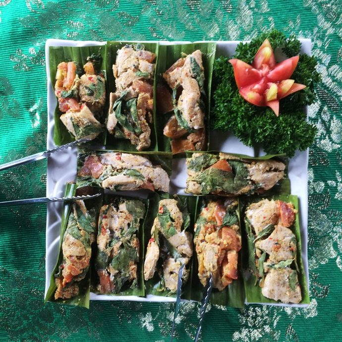 Tuna Chunks marinated with Bumbu Bali and Steamed in banana leave packages