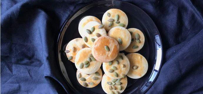 5 Ingredient Christmas Sugar Cookies