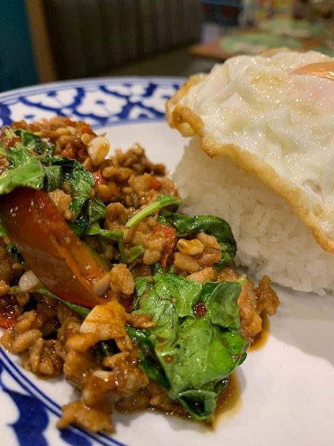 Thai basil minced chicked silom square bangkok the cravers guide