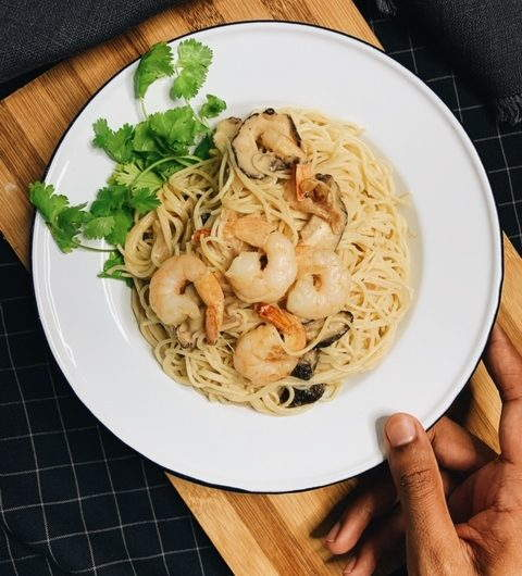 Green Curry Pasta with Prawns