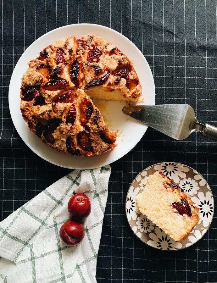 Ellie's Plum Cake