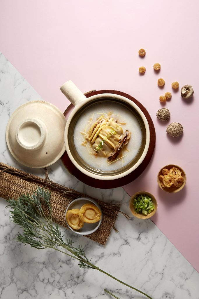 Crystal Jade Hong Kong Kitchen (GW) - Abalone and shredded kampung chicken with conpoy congee served in claypot